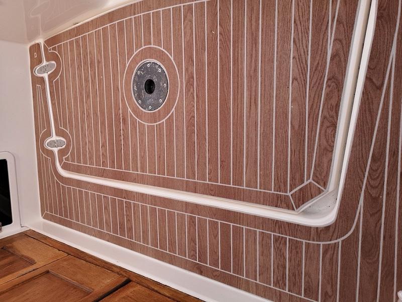 Key features of Synthetic teak flooring