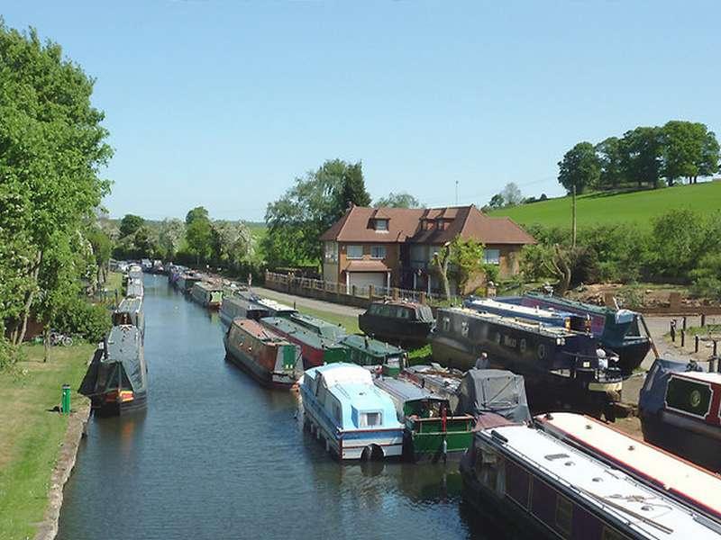 Ashwood marina - Boat decking installers north england